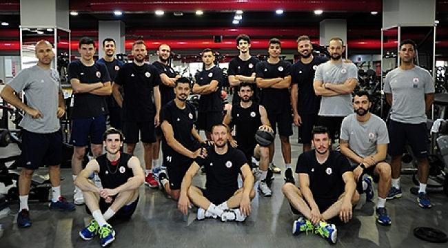 İstanbul BBSK sezonu açtı