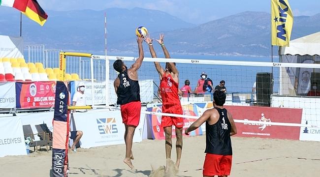 U22 Plaj Voleybolu Avrupa Şampiyonası'nda 2. Gün  tamamlandı