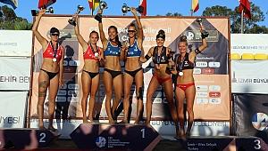 U22 Plaj Voleybolu Avrupa Şampiyonası'nda ödüller dağıtıldı