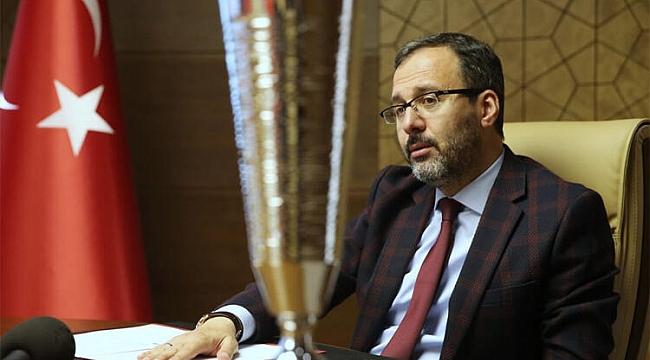 Bakan Kasapoğlu genç millileri tebrik etti