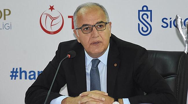 Mehmet Akif Üstündağ: