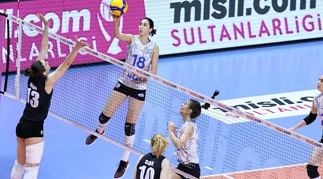 Nilüfer Belediyespor, Beşiktaş'ı mağlup etti.