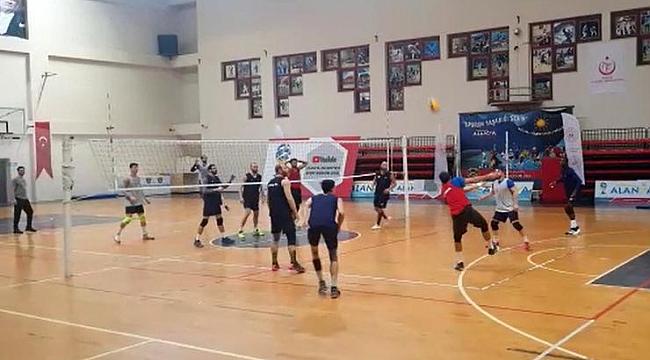 Alanya Belediyespor'un hedefi Efeler Ligi