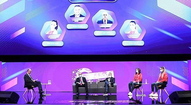 Üstündağ ile U19 Kız Milli Takımı Oyuncuları Brand & Sport Summit 2020'ye Katıldı