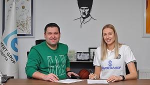 Oleksandra Bytsenko, Sigorta Shop'ta