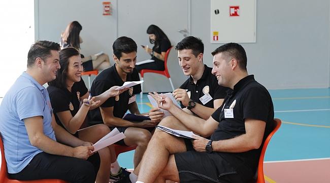 Türkiye'nin ilk online voleybol eğitim platformu açıldı