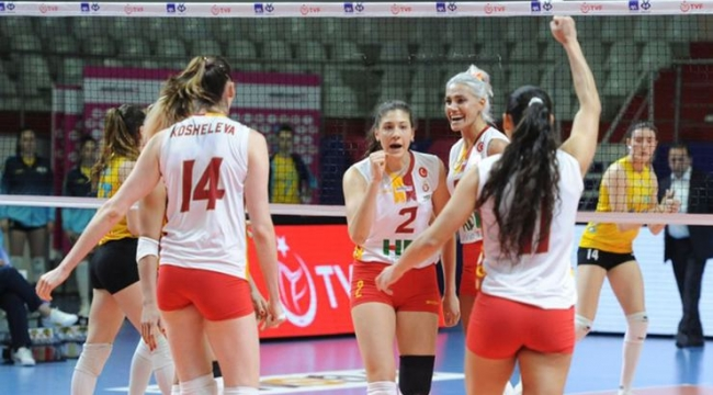 Galatasaray HDI Sigorta Dörtlü Final'de!