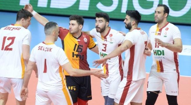 Galatasaray HDI Sigorta liderliğe yükseldi