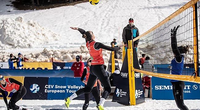 Kar Voleybolu Milli Takımımız, Yarı Finalde