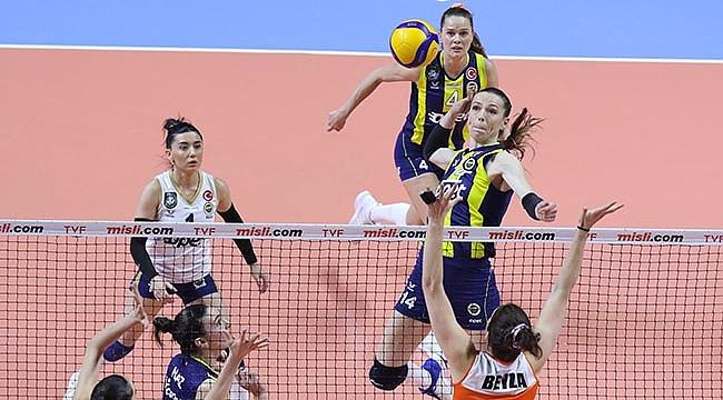 Fenerbahçe Opet avantajı yakaladı