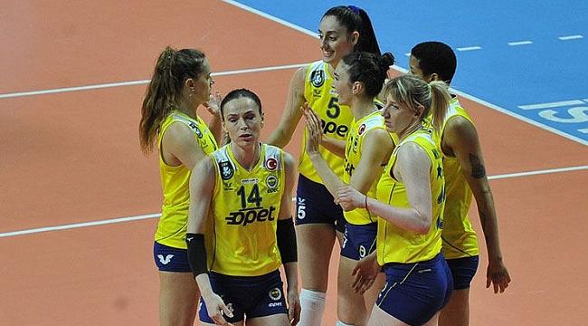 Fenerbahçe'de koronavirüs şoku! 3 oyuncunun testi pozitif