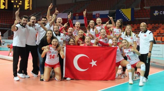 Türk Voleybolu'na 3 ödül daha
