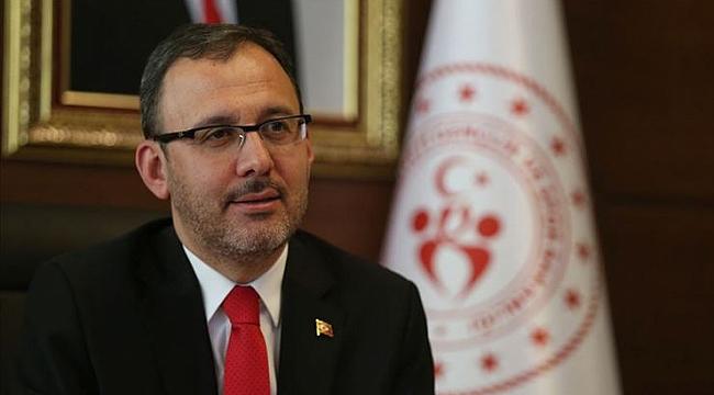 Bakan Kasapoğlu, Vakıfbank Kulubü'nü tebrik etti