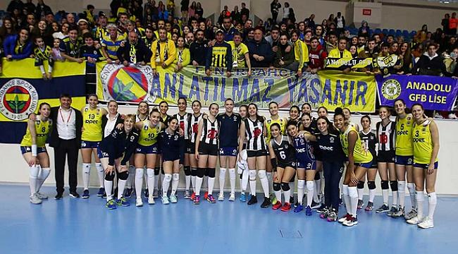 Fenerbahçe Opet, 'Şeref Diploması' ile onurlandırıldı