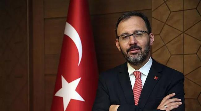 Gençlik ve Spor Bakanı Kasapoğlu, Filenin Sultanları'nı kutladı