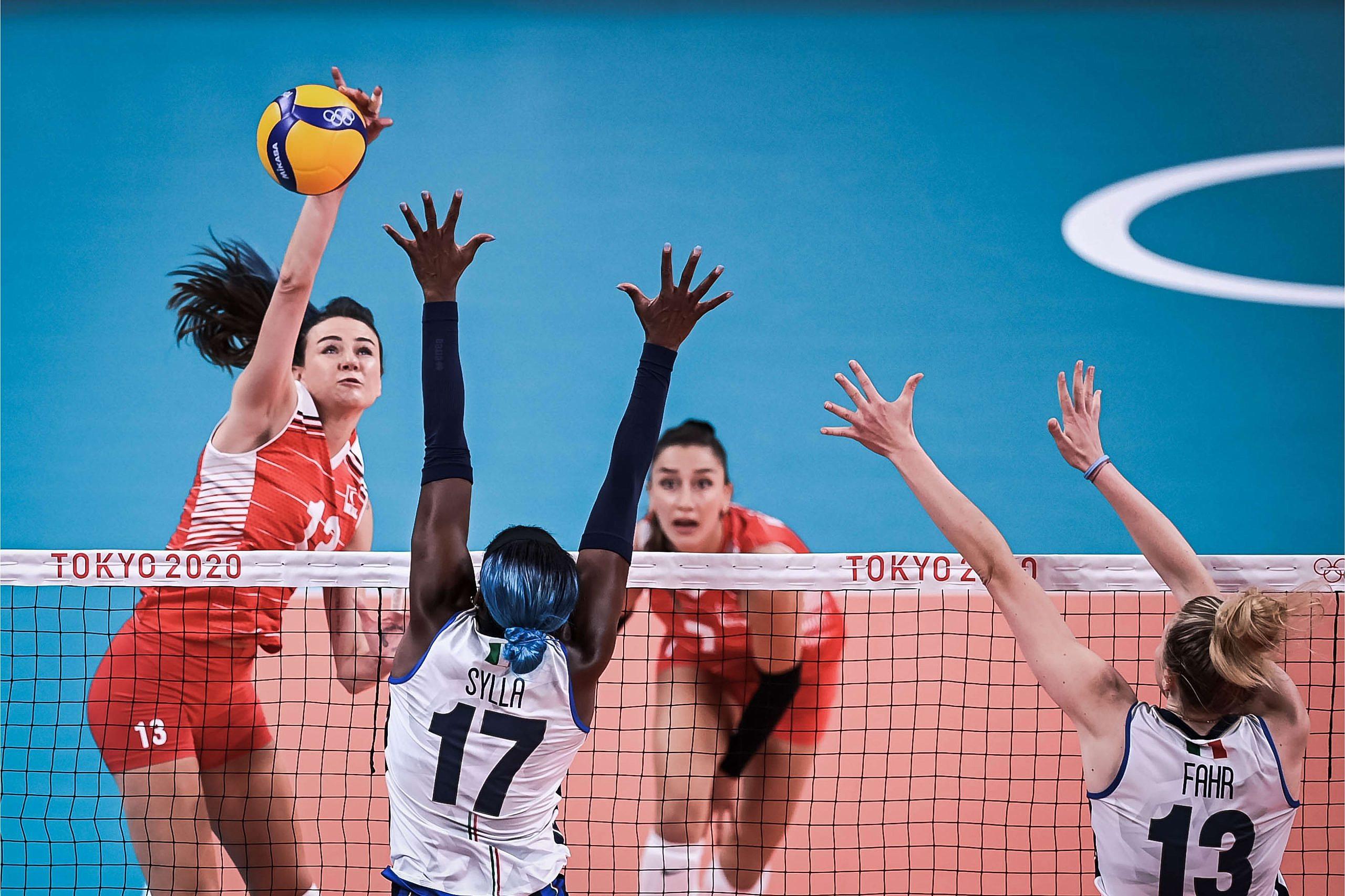 A Milli Kadın Voleybol Takımımız, İtalya'ya Mağlup Oldu