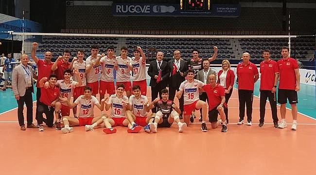 U18 Erkek Milli Takımımız, Balkan Şampiyonası'nda 3'te 3 Yaptı
