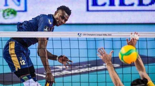 Fenerbahçe, Kelvin'i VBC Mondovi'ye kiraladı