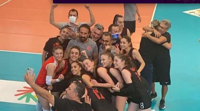 Kadın Milli Takımımız, Rusya'yı devirdi ve finale yükseldi!