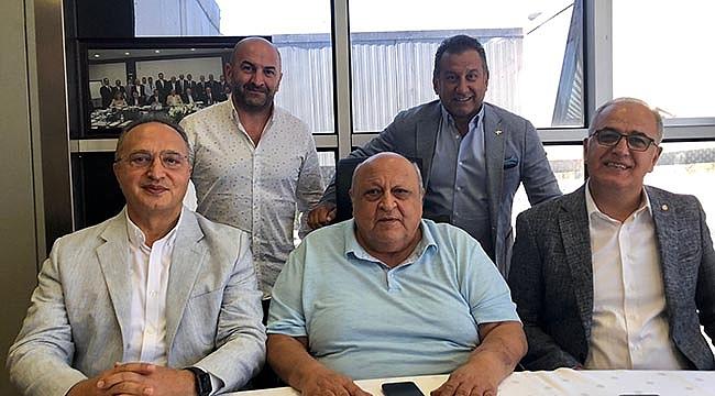 TVF Başkanı Mehmet Akif Üstündağ, Kiğılı'yı Ziyaret Etti