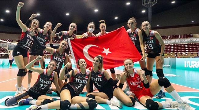 U18 Kız Milli Takımı, Son 16 biletini kaptı!