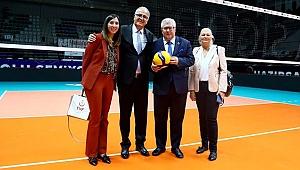 Mehmet Akif Üstündağ, Ryszard Czarnecki ile bir araya geldi